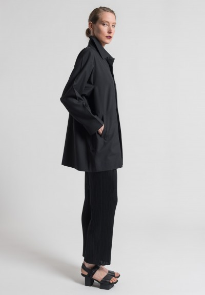 Issey Miyake 132 5. Hexagon Jacket in Black