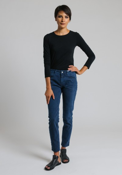 Closed Cropped Narrow Jeans in Navy