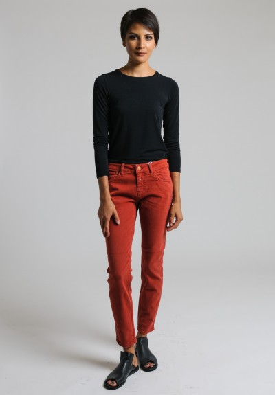 Closed Cropped Narrow Jeans in Brick