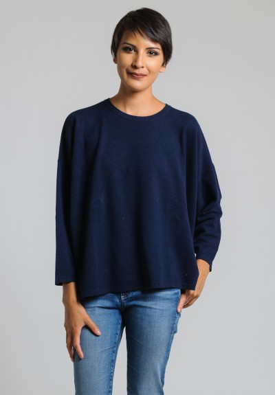 Hania Cashmere Short Crew Neck Sweater in Nero Navy