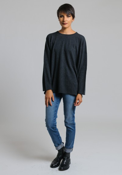 Hania Cashmere Crew Neck Sweater in Charcoal