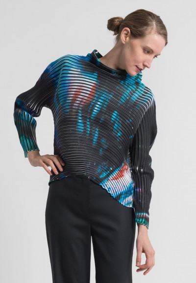 Issey Miyake Nebula Print Pleated Top in Black/Multi
