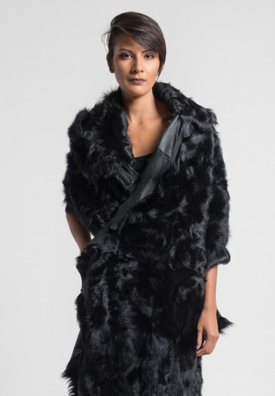 Rundholz Fur Shawl in Black