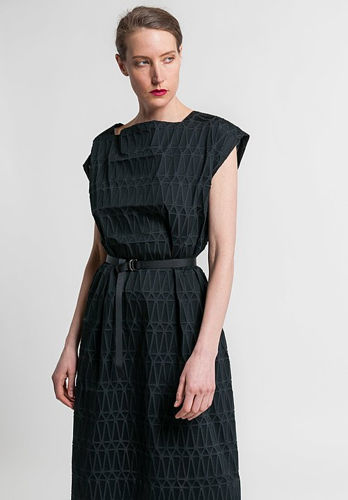Issey Miyake Facet Sleeveless Dress in Black