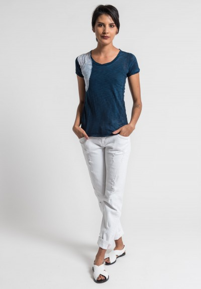 Gilda Midani Pattern Dyed Round Neck Short Sleeve Tee in Deep Blue/White