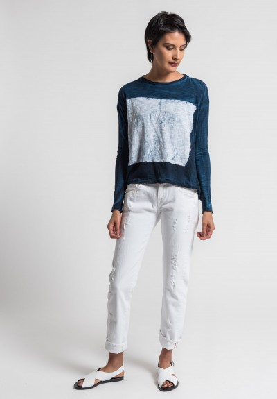 Gilda Midani Pattern Dyed Long Sleeve Straight Trapeze Tee in White/Deep Blue