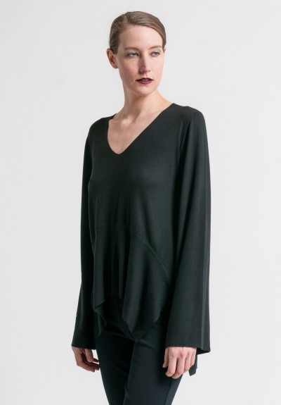 Arjé Cashmere Wide Sleeve V-Neck Sweater in Black