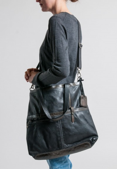 Vive La Difference Leather Focus Tote in Black