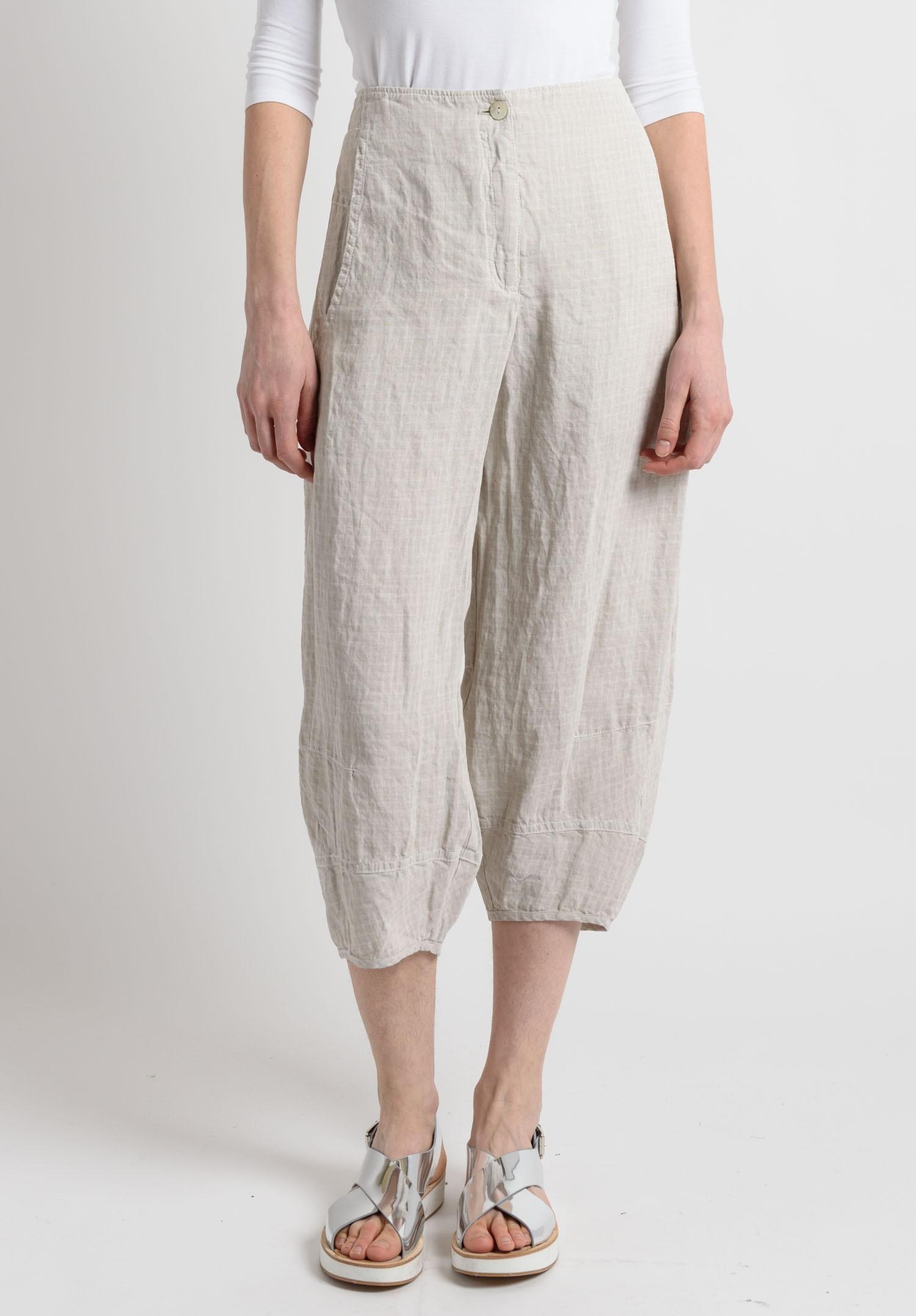 Oska Linen Jacquard Cropped Pants In Off White Santa Fe