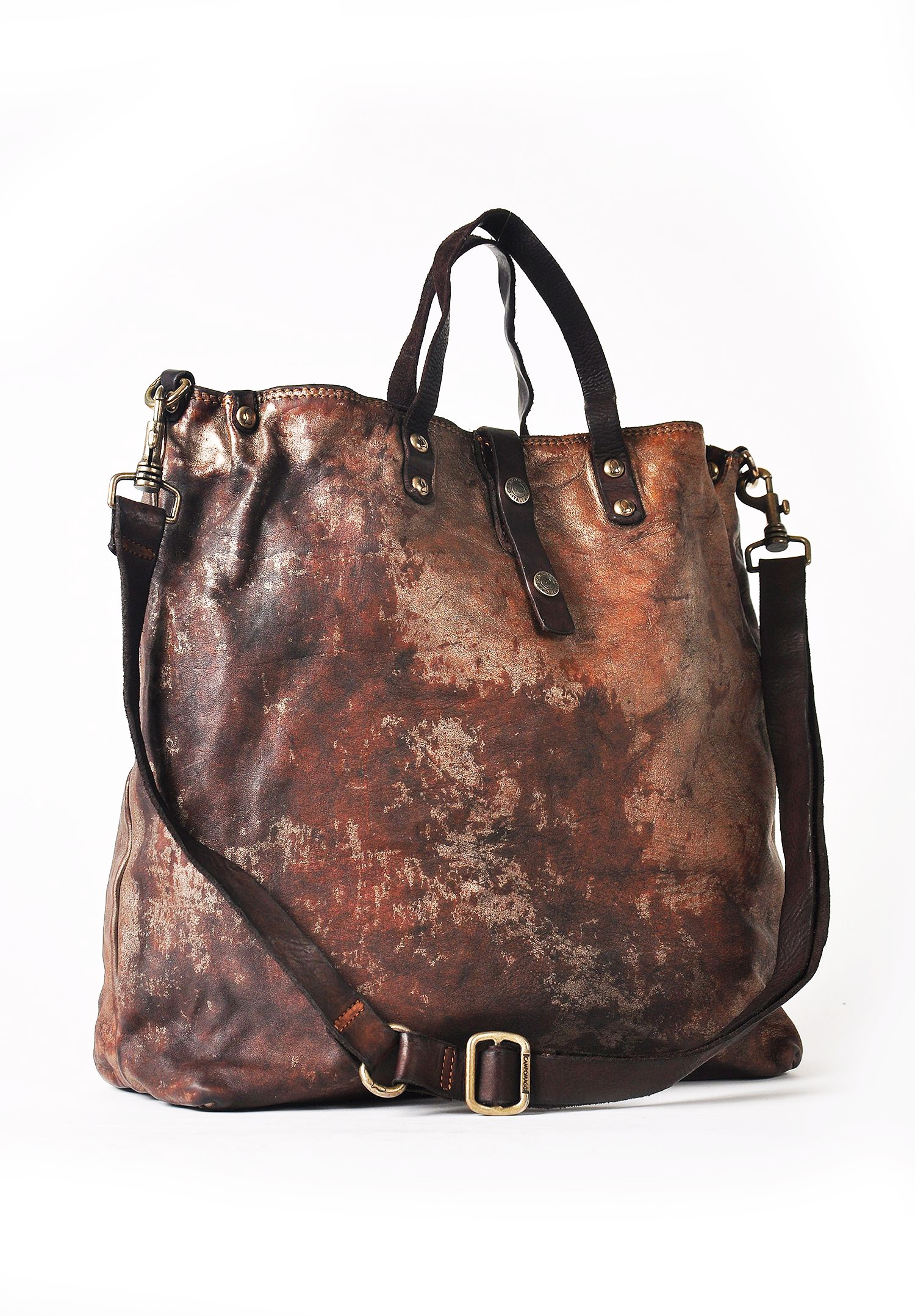 Campomaggi Is Known For Making Vintage Styled Bags That Improve As They Age All Are Handmade In Italy Using Hand Dyed Cowhide