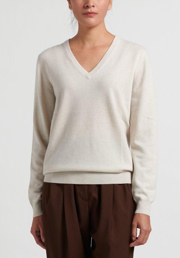 Brunello Cucinelli Cashmere V-Neck Monili Sweater in Ivory