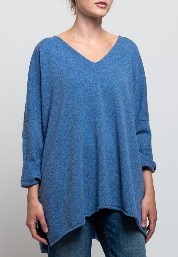 Shi Cashmere Cass V-Neck Sweater in Sue