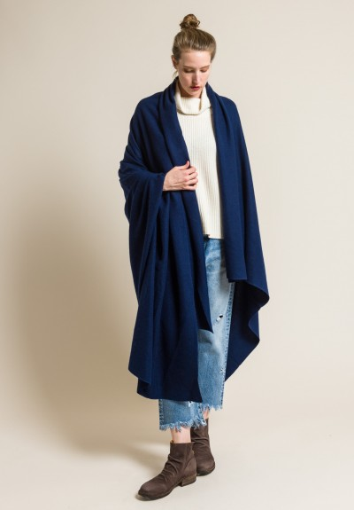 Denis Colomb Solid Color Throw in Navy Blue