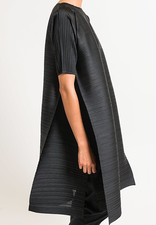 Issey Miyake Pleats Please Edgy Bounce Dress in Black