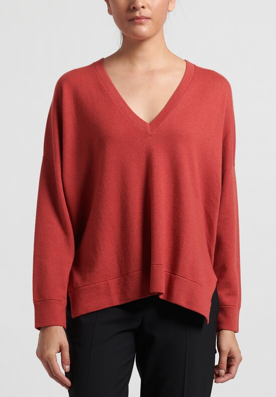 Brunello Cucinelli Cashmere Boxy V-Neck Sweater in Red