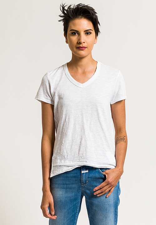 Wilt V-Neck Short Sleeve Mock Hem Tee in White