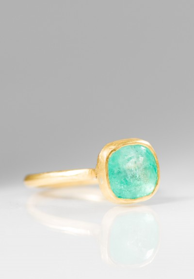 Margery Hirschey 22K & Emerald Ring