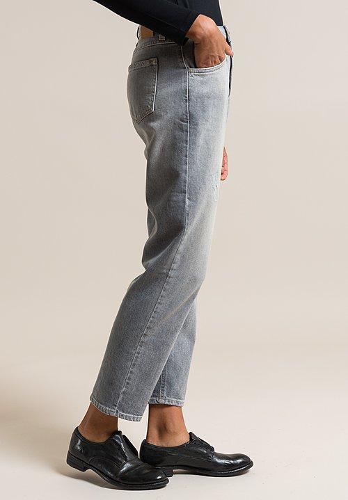 Closed Heartbreaker Girlfriend Cut Jeans in Light Used Grey