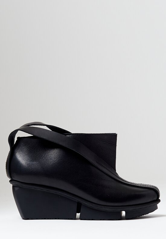 Trippen Peak Bootie in Black