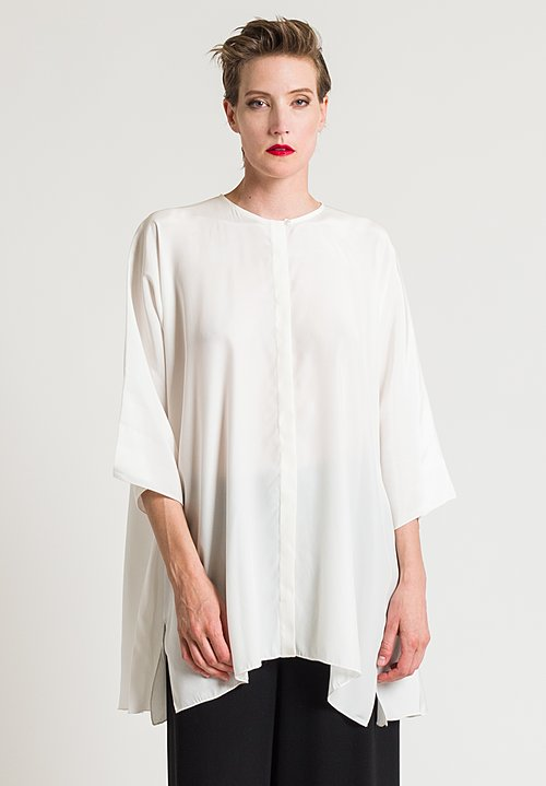 Shi Silk Oversize Long Shirt in White