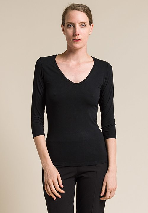 Majestic Soft V-Neck 3/4 Sleeve Tee in Noir