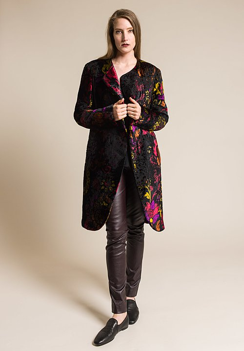 Urban Zen Robe Coat in Black/Garnet