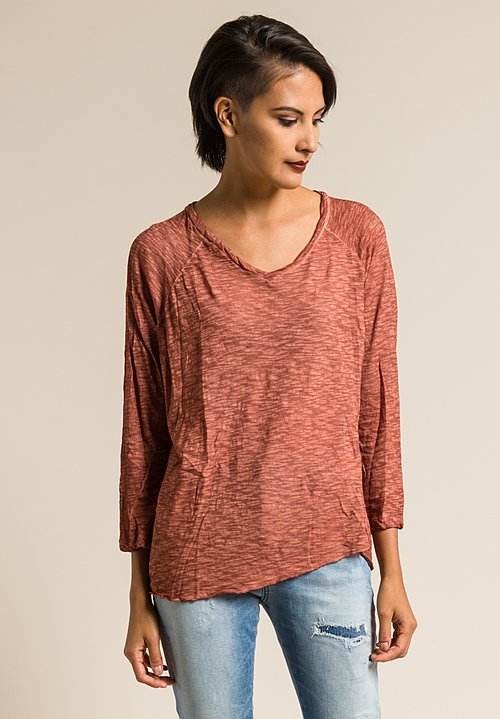Gilda Midani Solid Dyed V-Neck Long Sleeve Tee in Cognac