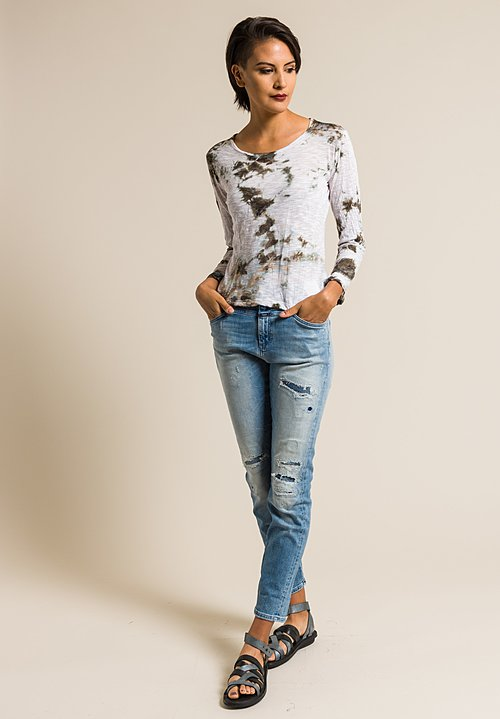Gilda Midani Pattern Dyed New Round Long Sleeve Tee in Grey Stain