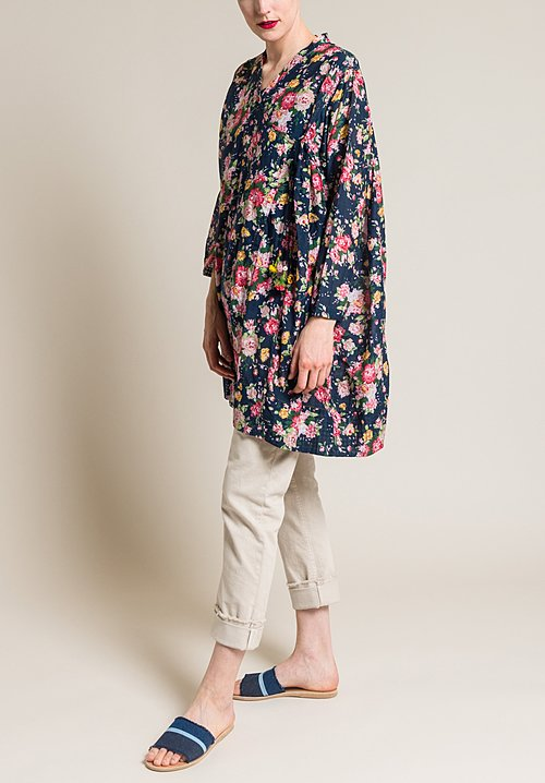 Péro Oversized Crossover Floral Top in Navy