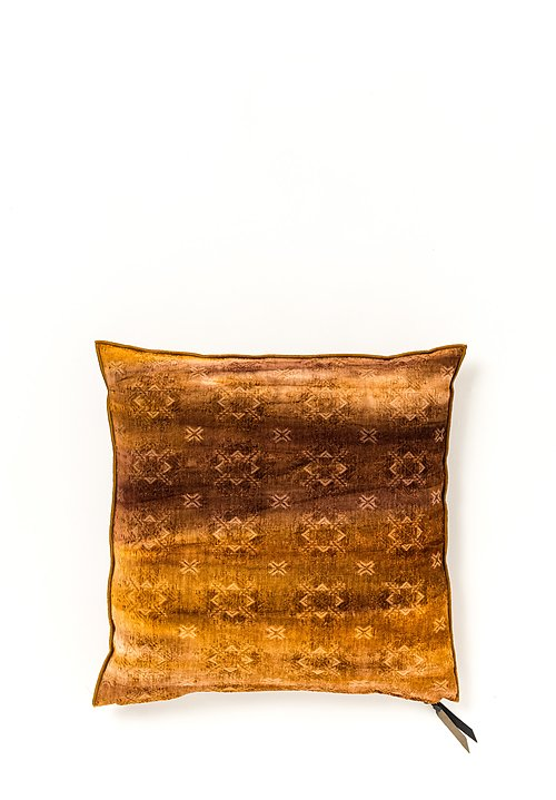 Spray & Dyed Square Pillow in Katmandou Ambre