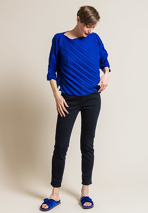 Issey Miyake Cauliflower Angle Pleated Top in Blue