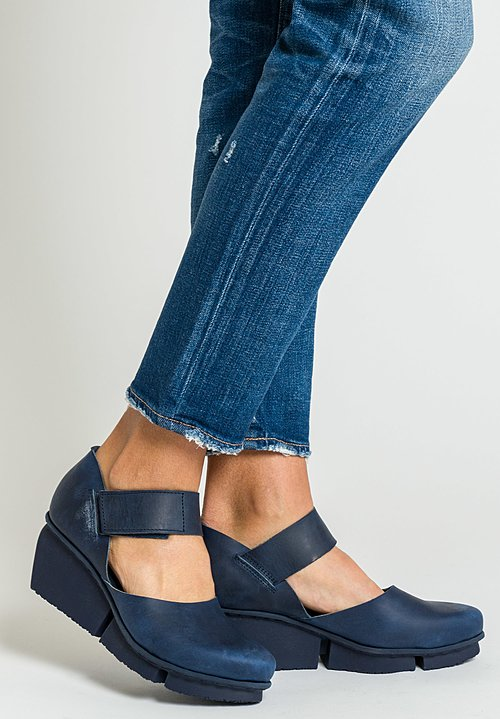 Trippen Nubuck Hostess Shoe in Navy