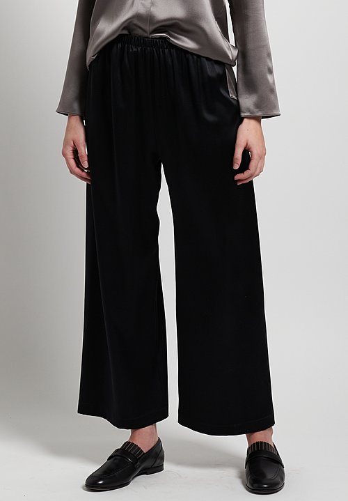Peter Cohen Satin Silk Cropped Pants in Black