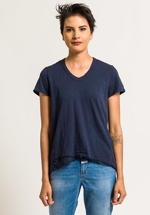 Wilt V-Neck Short Sleeve Mock Hem Tee in Inky