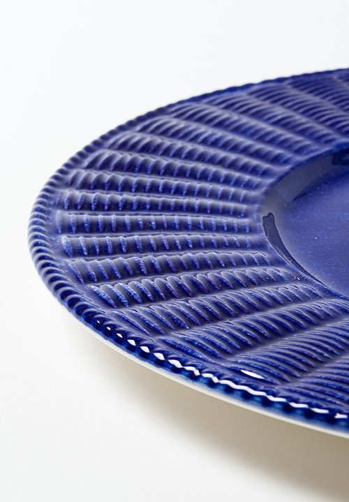 Basketweave Ceramic Charger in Cobalto