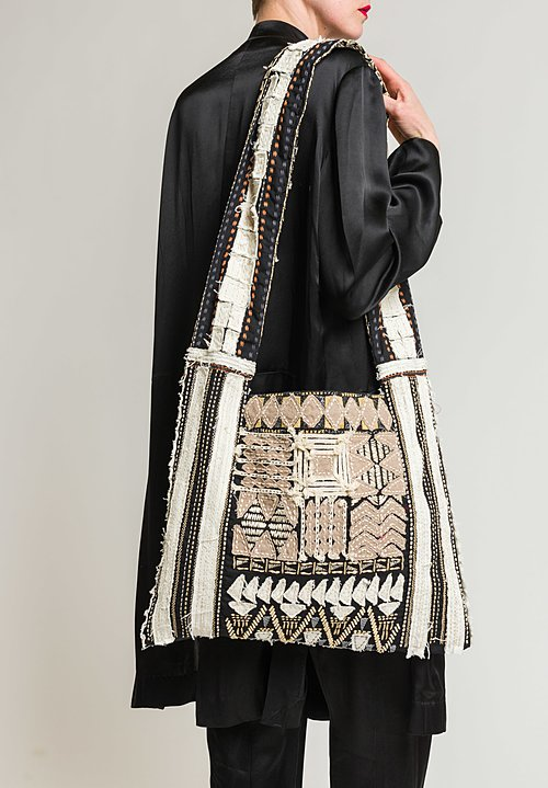 Urban Zen Embroidered Wide Shoulder Strap Tote in Black Multi
