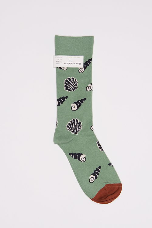 Bonne Maison Calf Length Socks in Shell/Green
