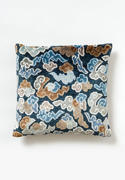Tibet Home Knotted & Woven Square Pillow in Cloud Blue