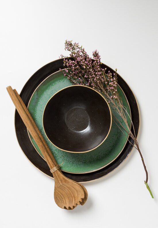 Laurie Goldstein Ceramic Dinner Plate in Black