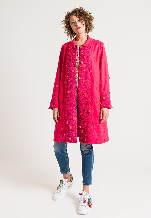 Péro Embroidered Coat in Pink