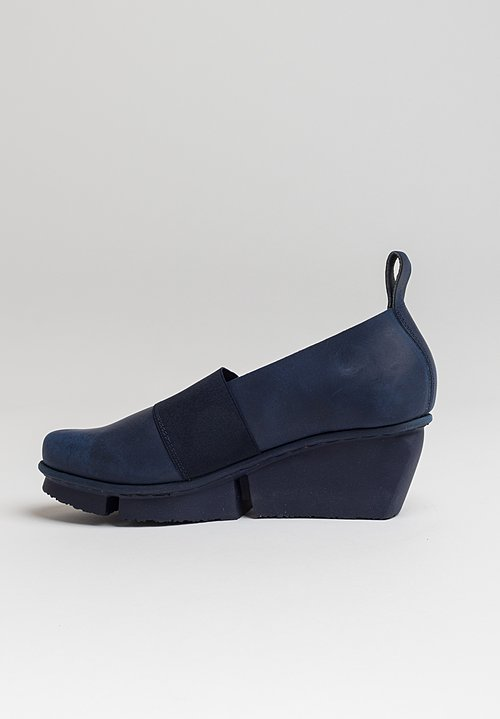 Trippen Bargee Shoe in Navy