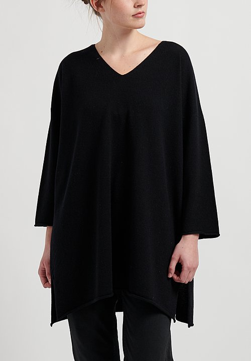 Hania New York Sylvie V-Neck Sweater in Black
