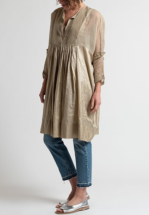 Péro Simple Pleated Dress in Natural