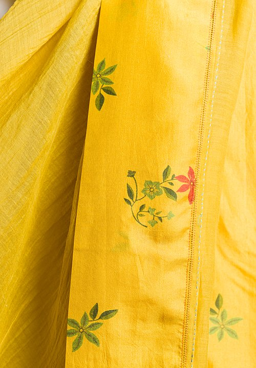Péro Floral Border Lungi Scarf in Yellow