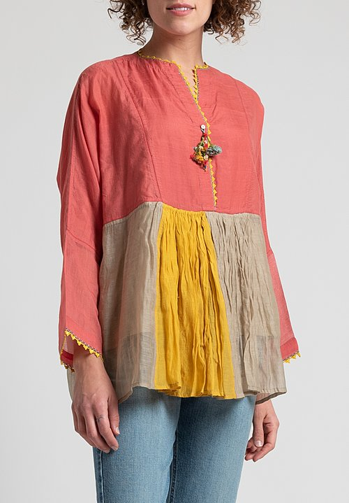 Péro Oversized Buttoned Top in Pink