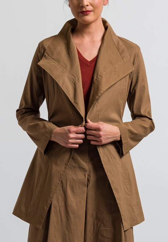 Peter O. Mahler Tie Jacket in Camel