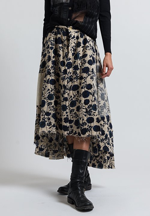 A Tentative Atelier Galsworthy Skirt in Beige