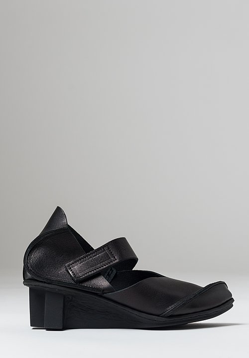 Trippen Cast Shoe in Black