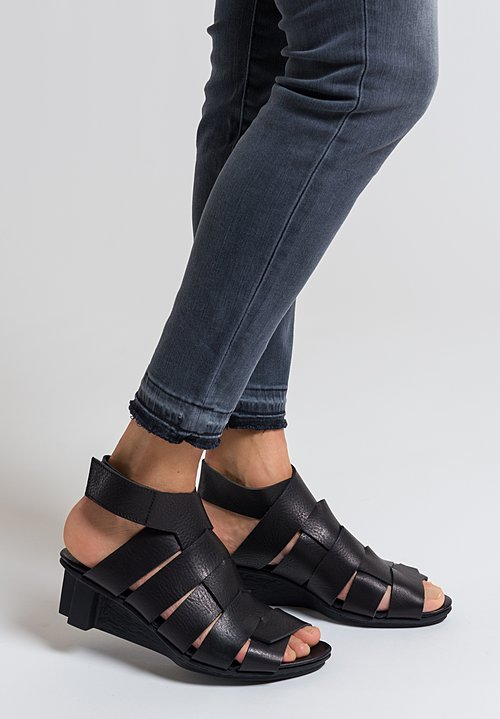 Trippen Even Sandal in Black