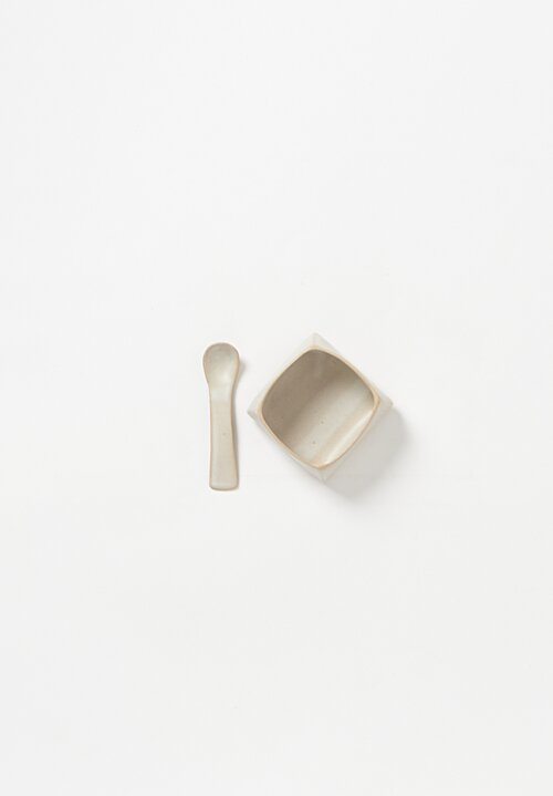Laurie Goldstein Small Ceramic Salt Cellars with Spoon in White